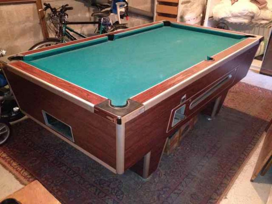 billard anglais 8 pool superleague offre 77 seine et marne lagny sur marne 700. Black Bedroom Furniture Sets. Home Design Ideas
